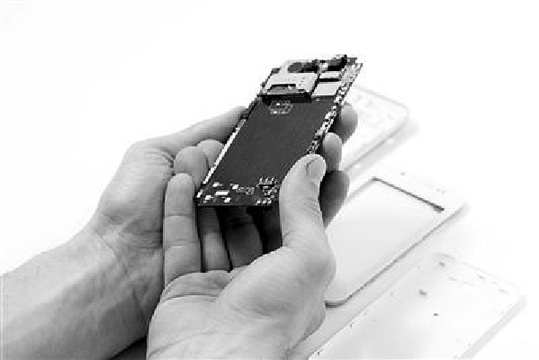 iPhone内置AI芯片: 苹果深藏功与名