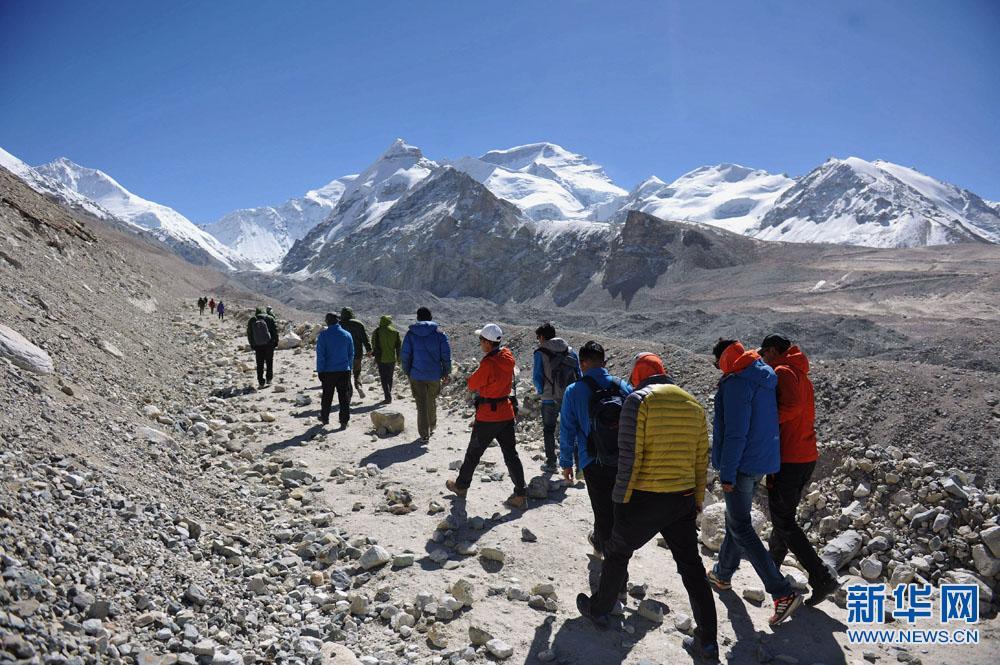 徒步穿越喜马拉雅 感受西藏独特魅力