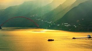 """【""""飞阅""""中国】航拍长江三峡:峡中奇峡,景中绝景"""