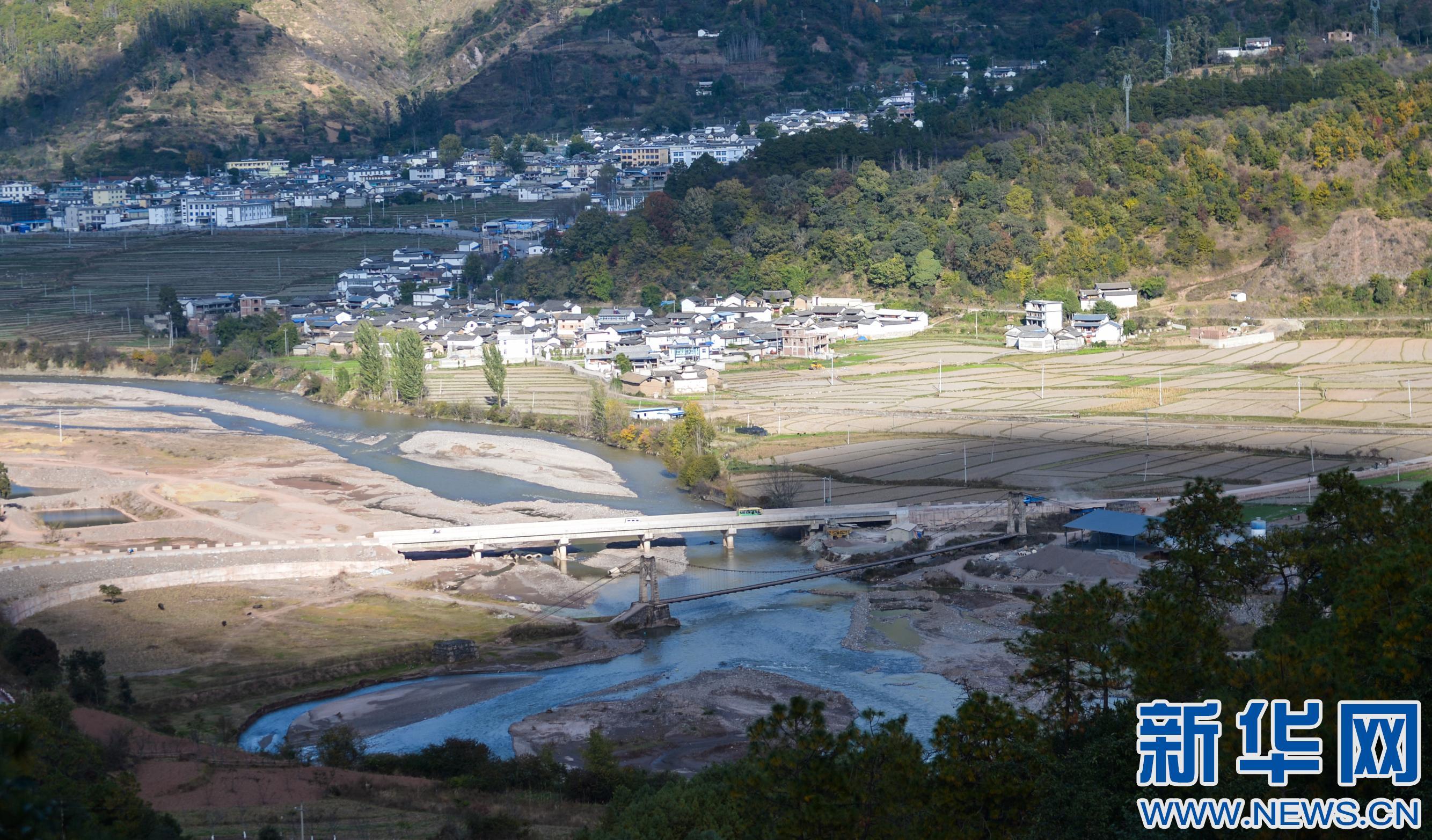 云南洱源:基础设施助脱贫