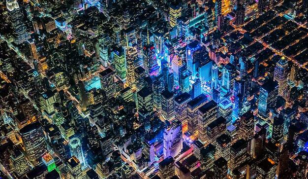 摄影师航拍十大城市夜景 灯火绚烂