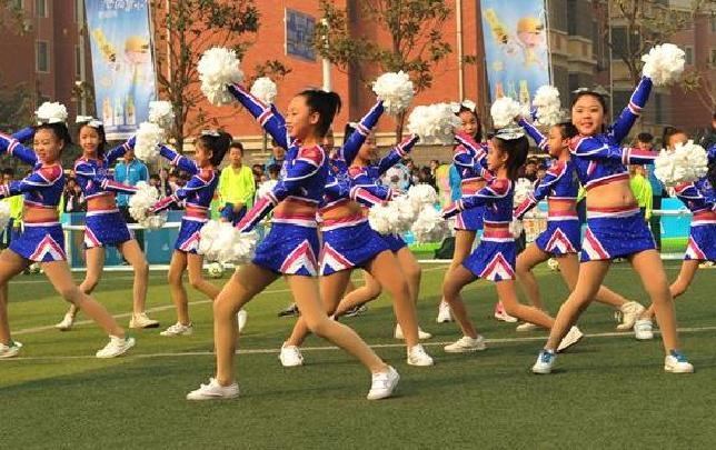 趣味运动,让中小学生享受运动快乐