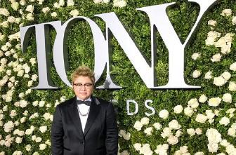 首位获邀的中国作曲家 怪孩子韩红的托尼奖之路