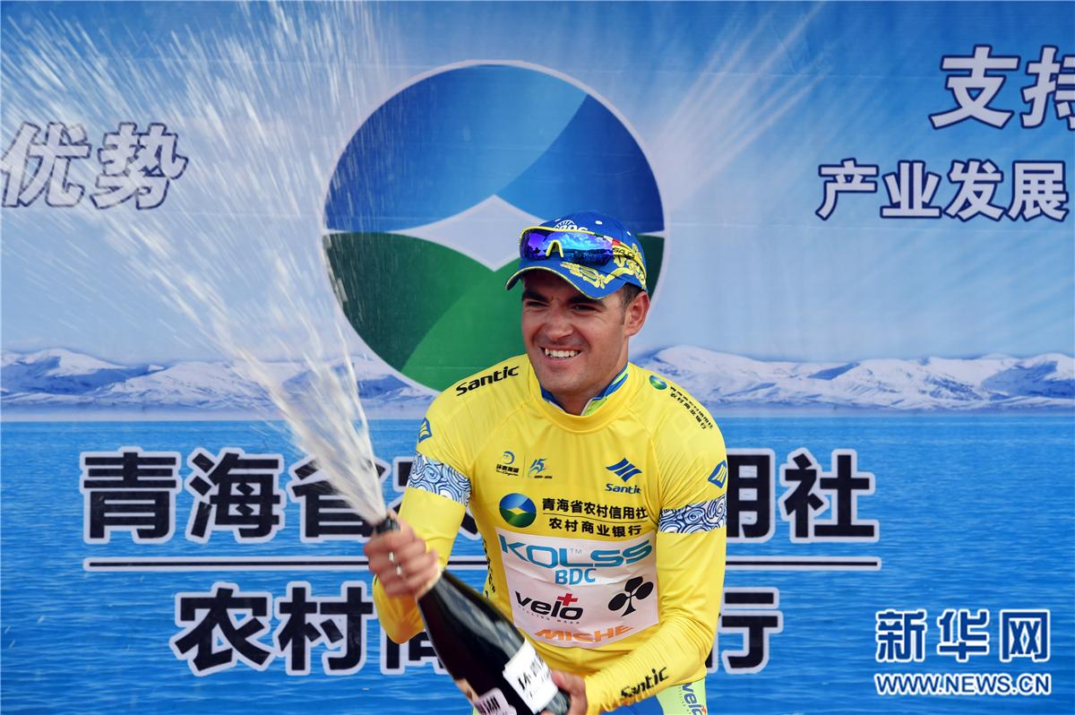 自行车——环青海湖国际公路自行车赛进入第十赛段