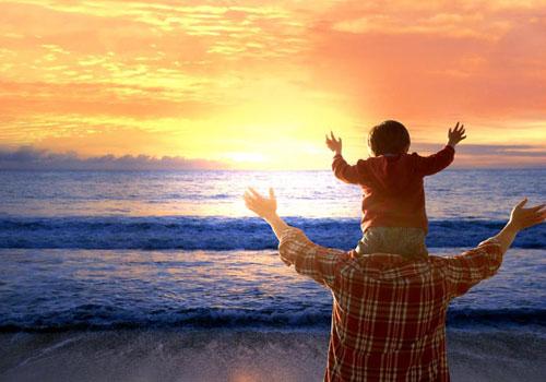 父母既是旅行的玩伴,也是文明的老师