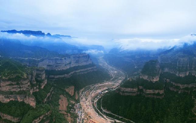 """【""""飞阅""""中国】太行大峡谷:北雄风光,百里画卷"""