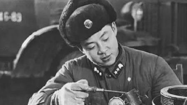 """辽宁抚顺市举办第十一届""""百姓雷锋""""颁奖典礼"""