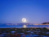 乡愁大理︱天上一个月亮,水中一个月亮