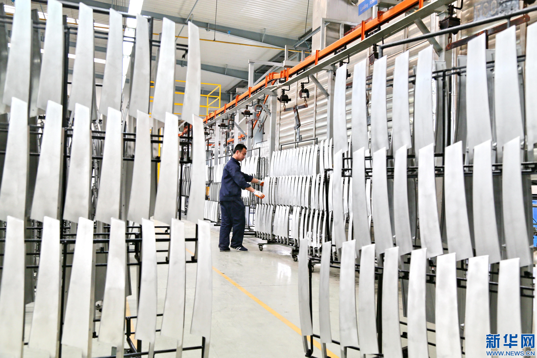 """装备制造稳坐河北工业增加值""""头把交椅"""""""
