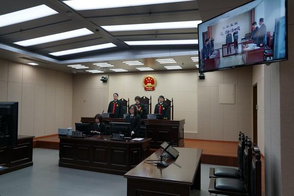 天津二中院敲响全市法院减刑假释案件远程开庭第一槌