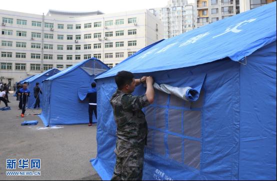 沈阳举行应急灾后搭建帐篷演练比赛