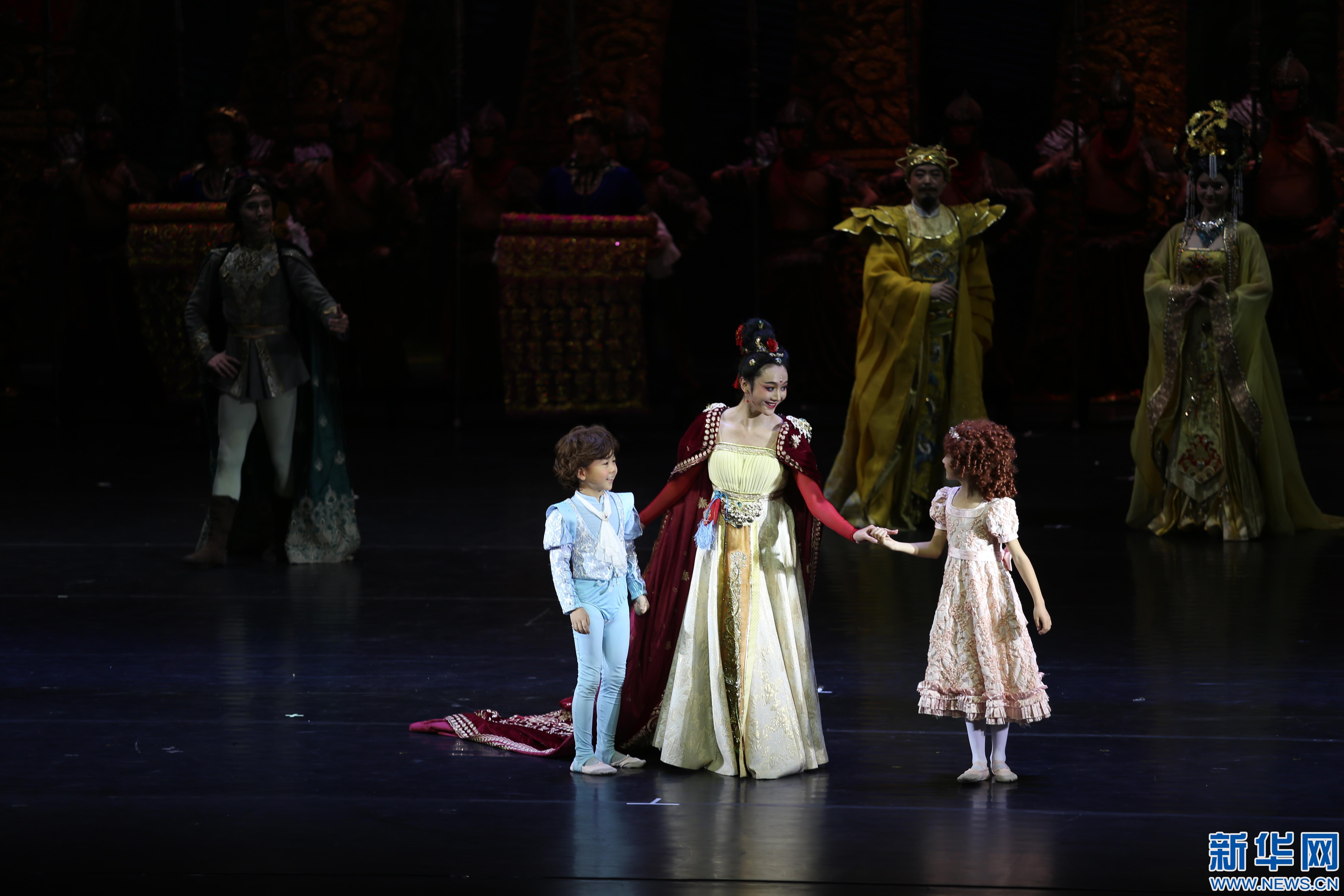 舞剧《丝绸公主》西安上演 讲述古丝绸之路上的爱情故事