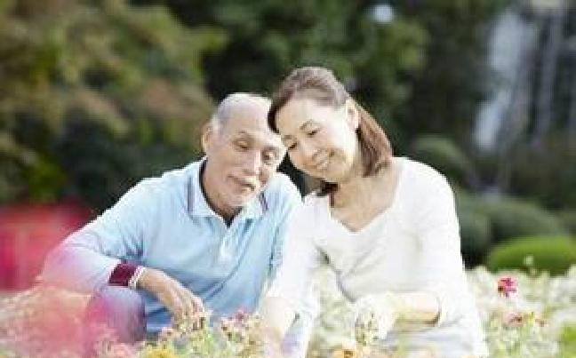 明年推行签约家庭医生 优先覆盖老人等重点人群
