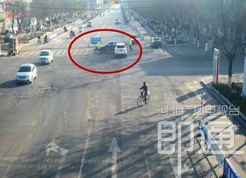 限行期间衡水一司机开限号车被拦后袭警!
