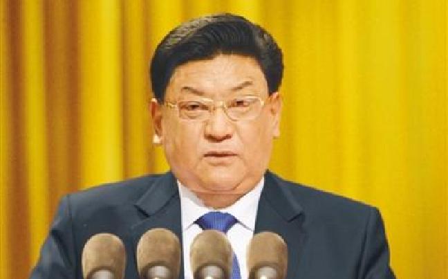 西藏自治区十届人大五次会议举行第二次全体会议