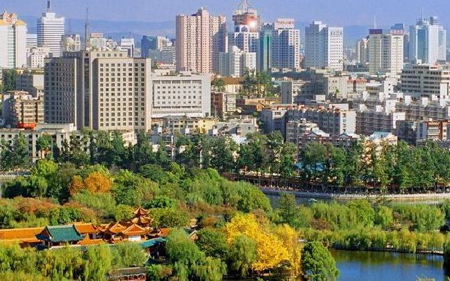 程连元:要不断提高城市品质和内涵