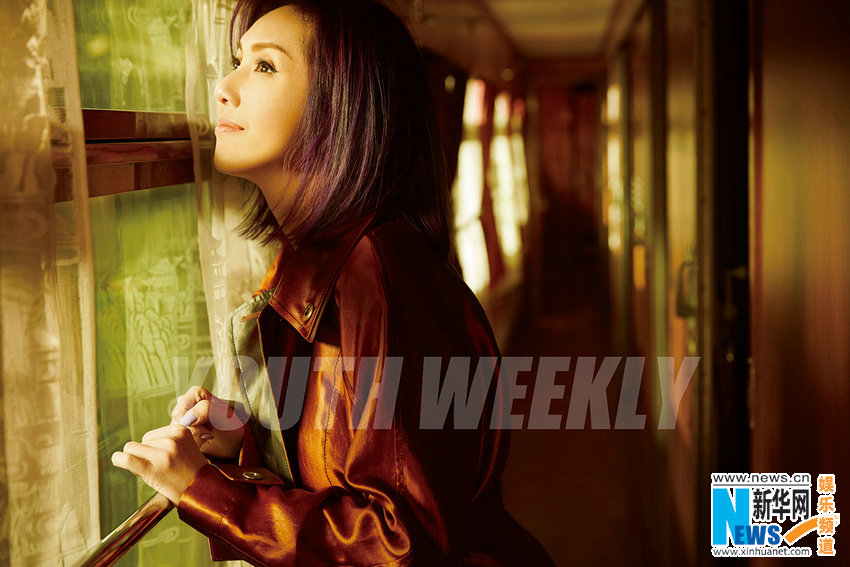 杨千嬅复古封面大片 讲述一个人的旅行故事