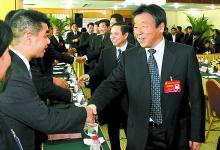 卢展工郭庚茂叶冬松率队看望省第九次党代会代表