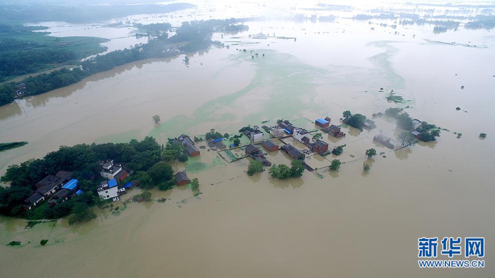 新华网航拍:安徽宿松水位居高不下 沿湖乡镇内涝严重