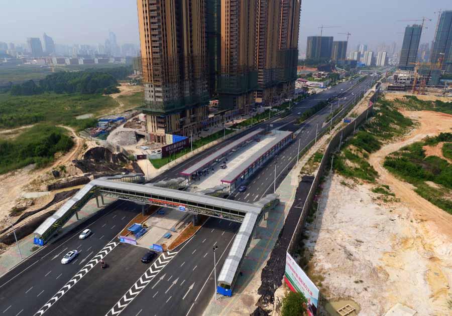 南宁快速公交系统加快建设 年底有望试运营