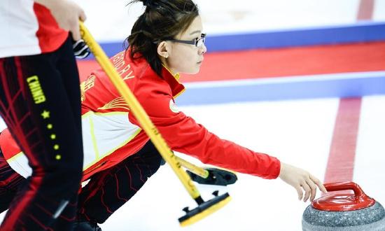冰壶——中国青海国际冰壶邀请赛:中国女队胜瑞士女队