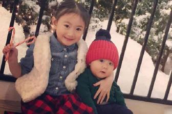 奥莉搂弟弟姐姐力MAX 姐弟俩穿睡衣超级可爱