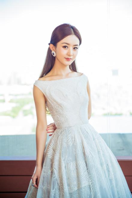 """""""白裙风""""的女星超养眼 赵丽颖气质开挂 angelababy美如仙/图"""