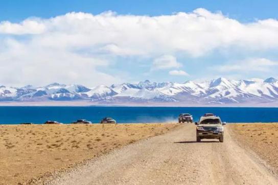 国内最受欢迎的自驾路线公布 网罗了中国大部分原始风光