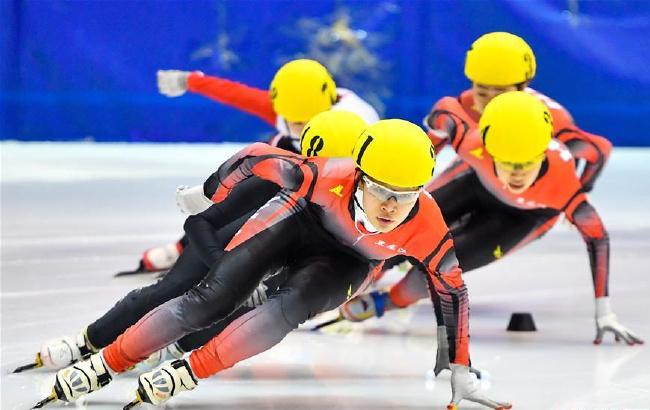 短道速滑全国冠军赛:徐爱丽获女子1000米冠军
