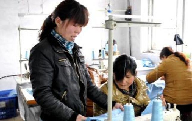 驻马店市:确保妇女脱贫工作取得实效