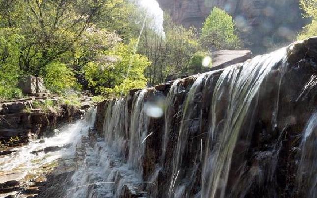 (信息)龙潭大峡谷  清凉好去处