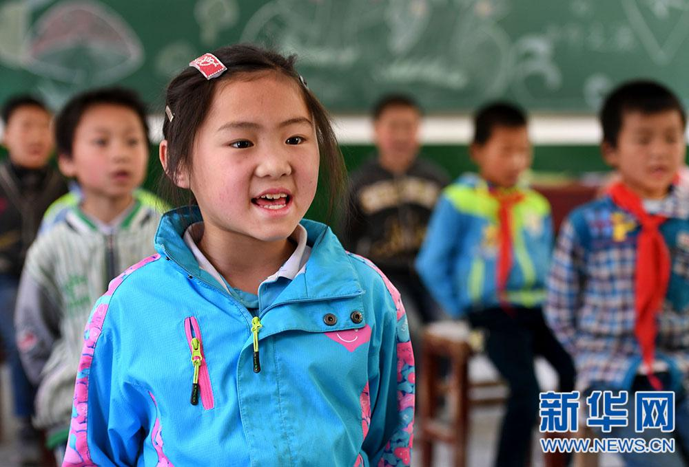 陕西镇巴:为了不让一个孩子辍学