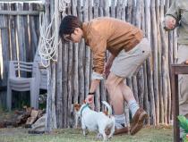 《花少3》最新剧照曝光 井柏然与狗狗互动再升级