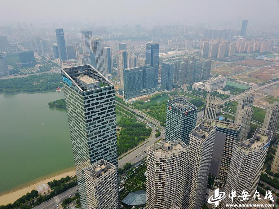 """航拍合肥超高层写字楼:大湖名城的""""天际梦"""""""