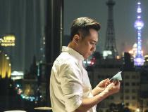 """《老男孩》先导片上线 刘烨林依晨互动""""超有爱"""""""