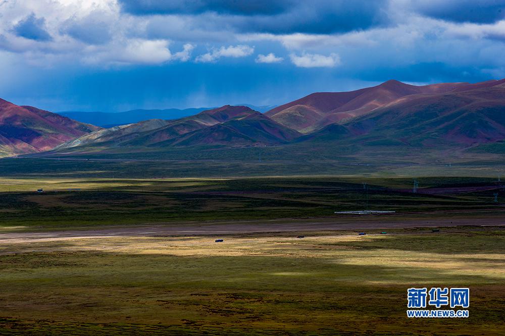 青藏铁路沿线风光之羌塘草原光影
