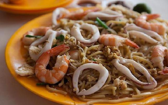 米其林首次收录小摊贩美食 新加坡两家小食摊获一星