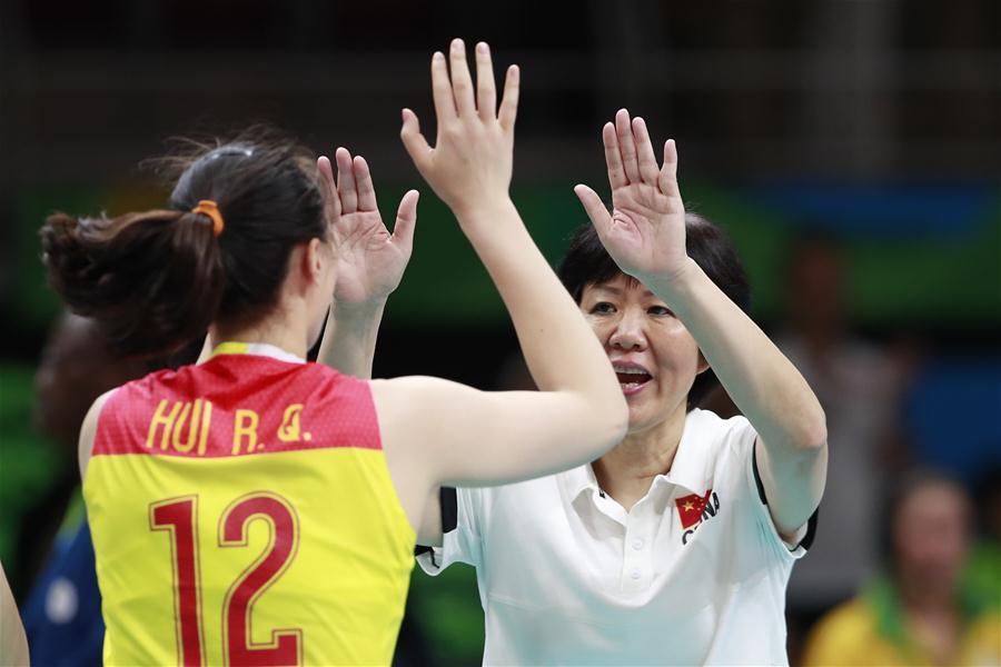 女排决赛:中国队3-1胜塞尔维亚队夺冠