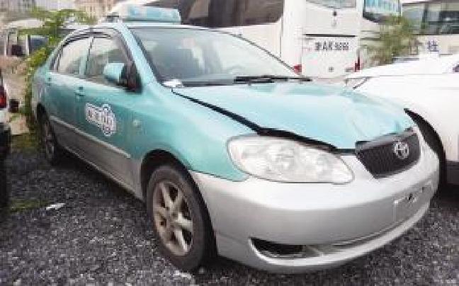 报废套牌出租车肇事后逃逸 交警一路追查 10小时后嫌疑人投案