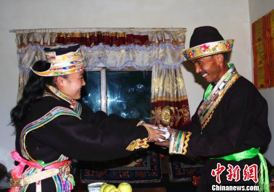 西藏迎来藏历首个新年