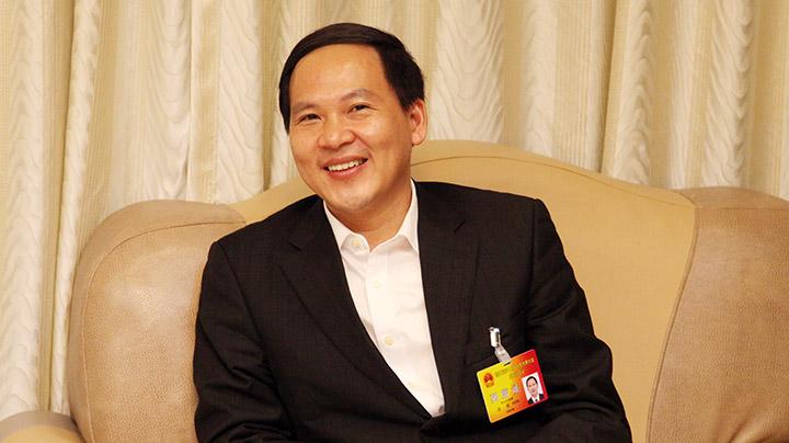 舟山市长温暖接受新华网专访