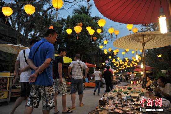 云南7地建立旅游警察队伍 整顿旅游市场乱象