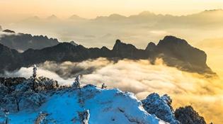 """【""""飞阅""""中国】鸟瞰北方千里冰封 万里雪飘"""