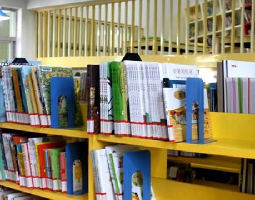 新华VR带您走进少年儿童图书馆