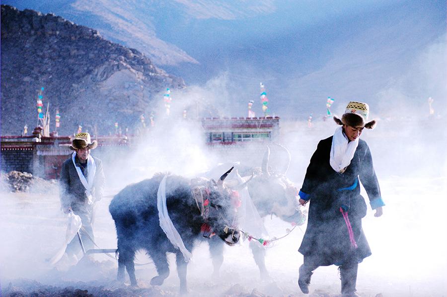 """珠峰冰川第二届""""西藏风情""""摄影大赛征稿"""