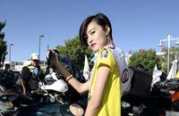 """中华旅游小姐亮相""""激情柴达木""""汽车摩托车狂欢节"""