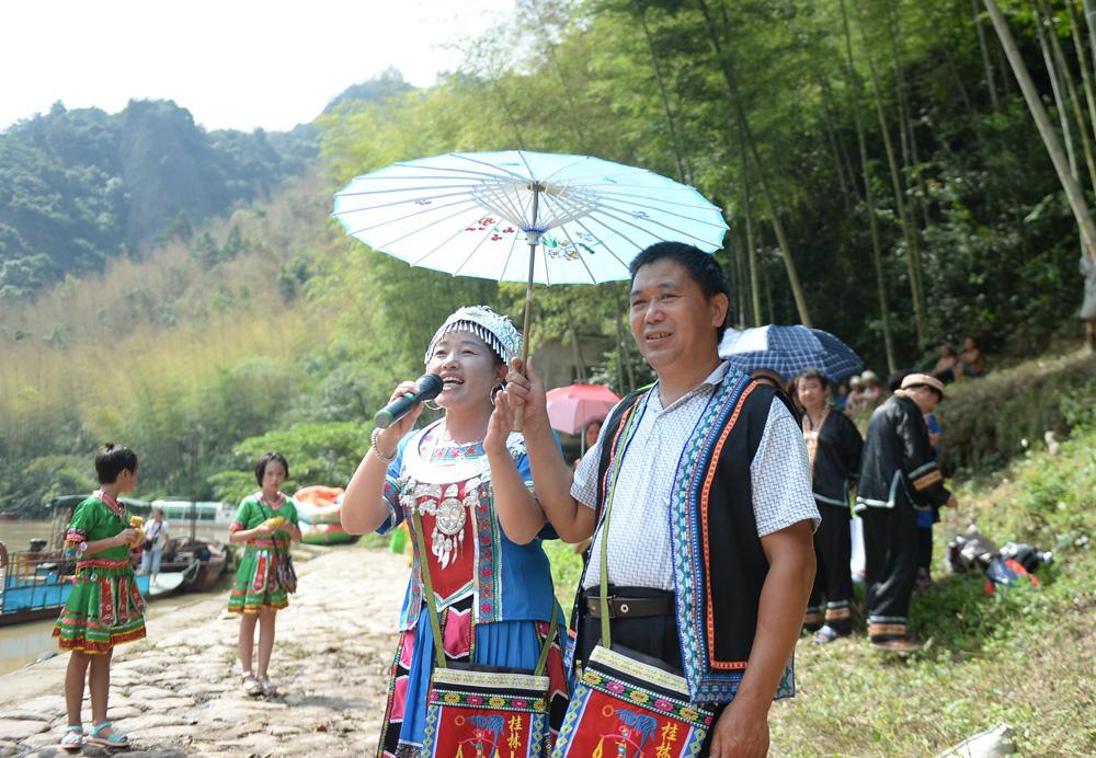 广西资源:山歌唱在山水间