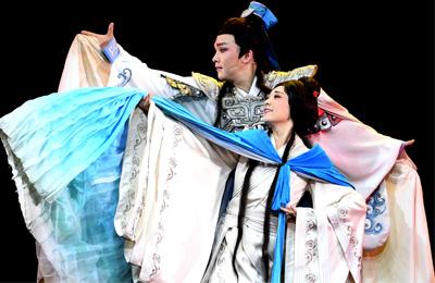 黄梅戏《小乔初嫁》在西安上演