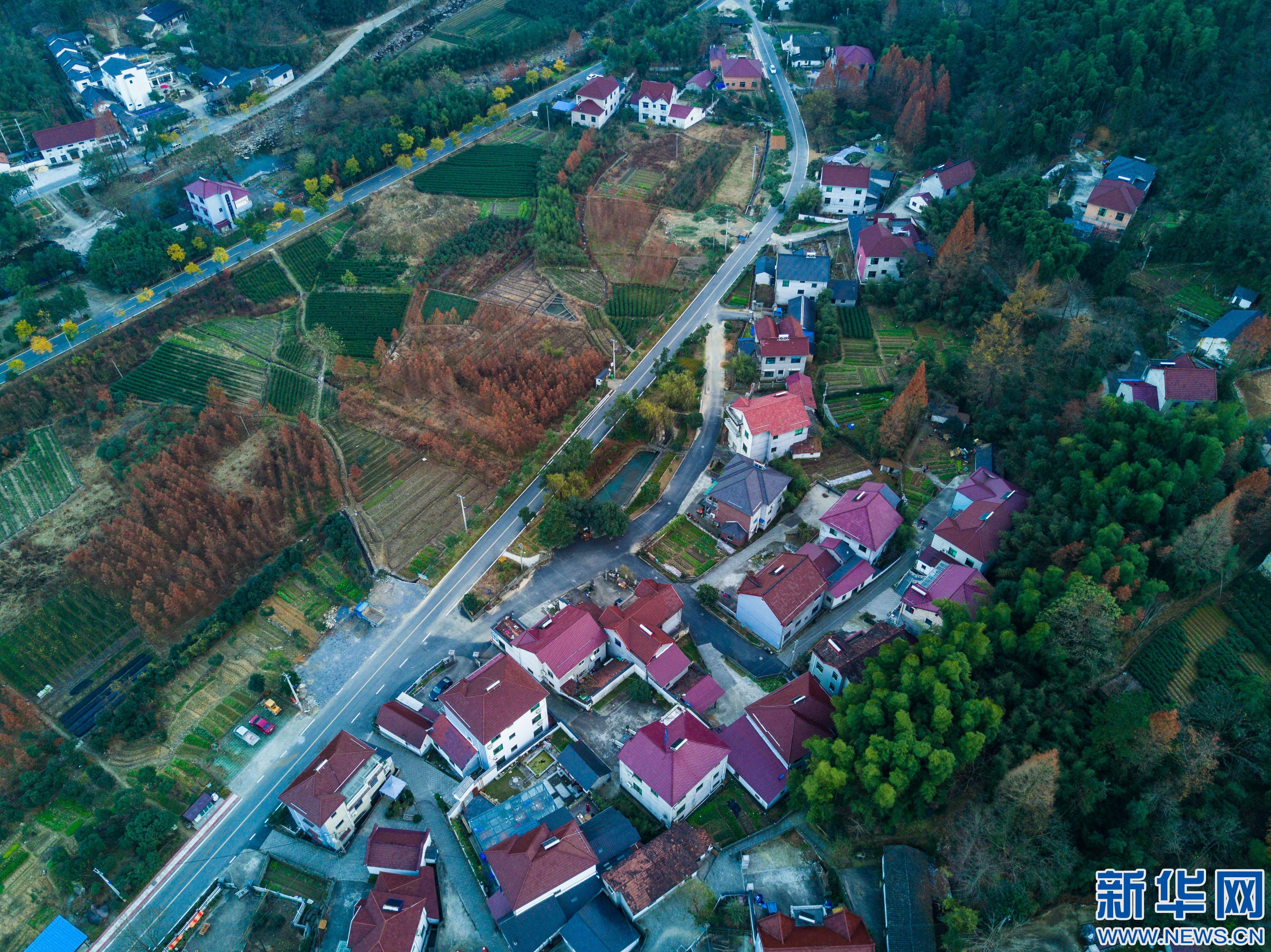 浙江安吉:美丽乡村 多彩风景