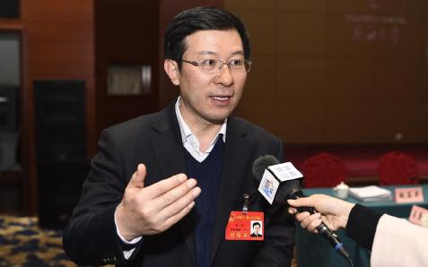 【新华访谈】阳泉市长董一兵:为了转型创新,干部们干事效率也在刷新